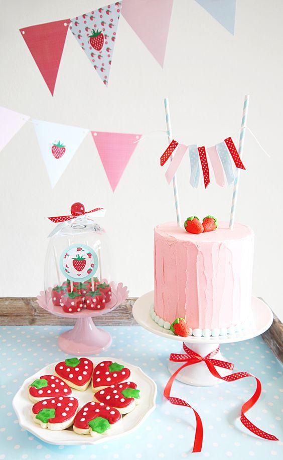 anniversaire fraise- gâteau fraise