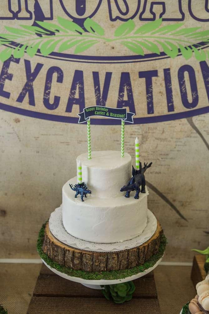 Anniversaire dinosaures - gâteau