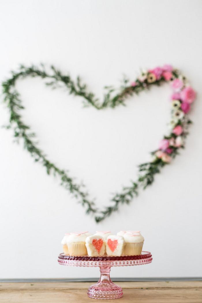 Baby Shower fille - Sweet table sobre, florale et gourmande