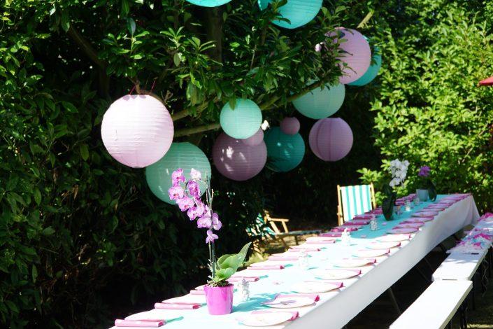 Anniversaire 1 an Chiara - lampions et table de banquet