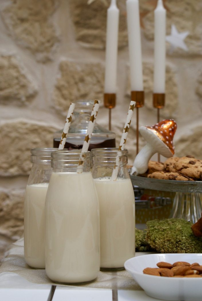Mini sweet table automne - mini bouteilles de lait et pailles rétro