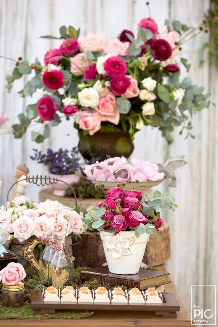 Dans les bois - Bouquet de roses couleur fuchsia