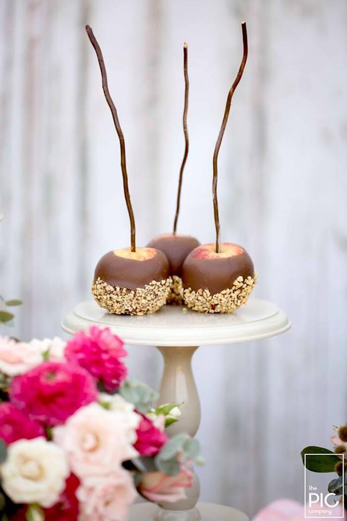 Dans les bois - Pommes d'amour au chocolat