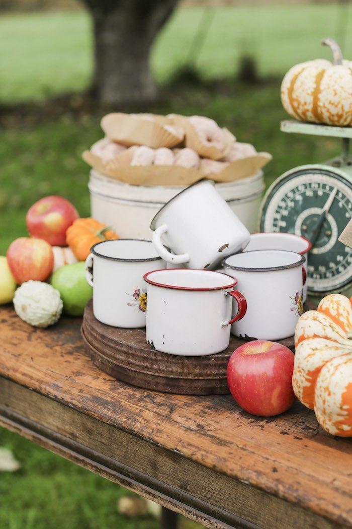 Goûter à la pomme - Tasses vintage