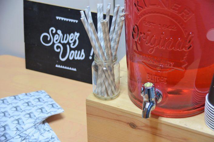 Table d'automne chez Pierre et Vacances par Studio Candy - Fontaine à boisson
