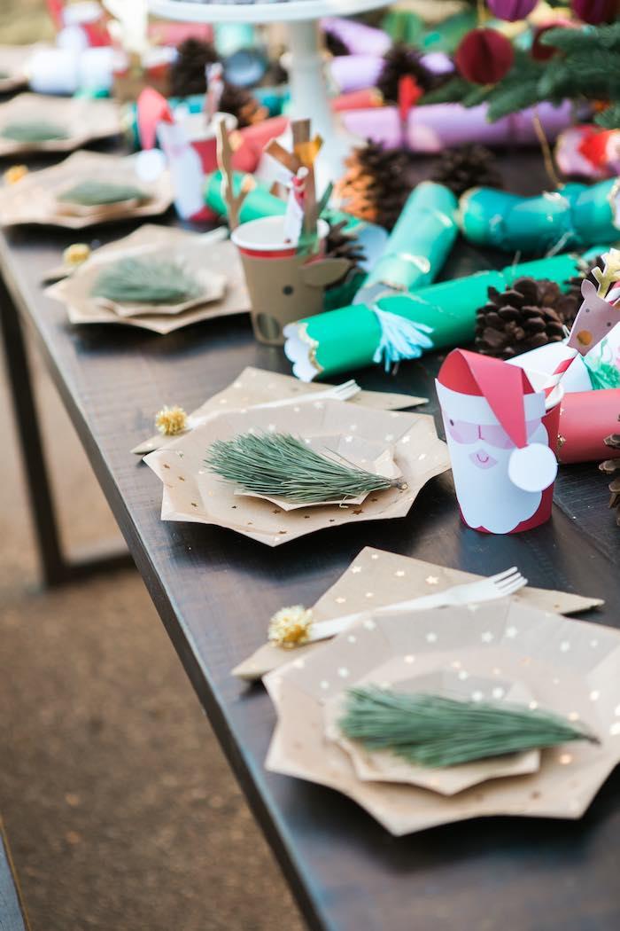 Atelier de Noël par Studio Candy - Assiette en papier étoile