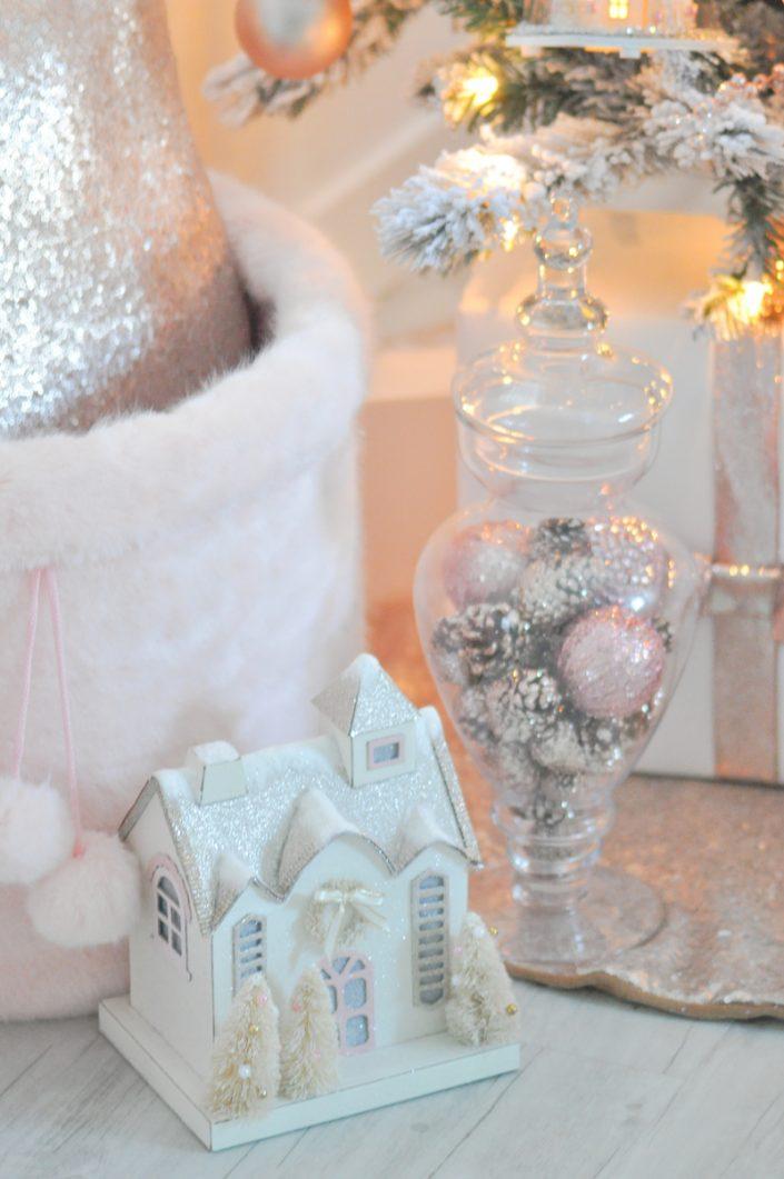 Noël rose pastel - Petite maison et bonbonnière