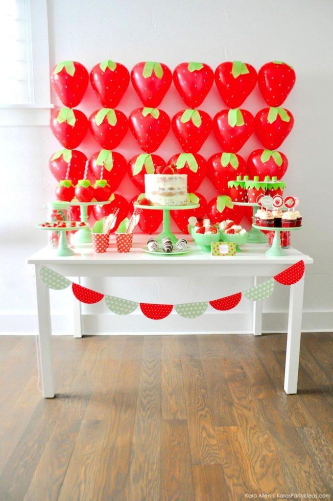 Saint valentin à la fraise - Studio Candy - Sweet table