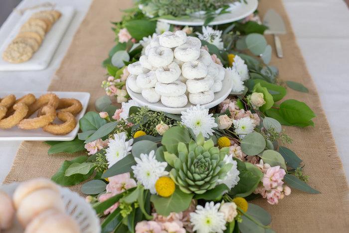 Brunch entre filles par Studio Candy - Sweet table fleurie