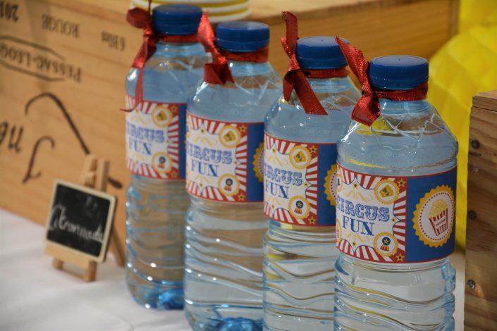 Candy Bar Circus / fête foraine pour Dulux Valentine - bouteilles d'eau personnalisées Circus !