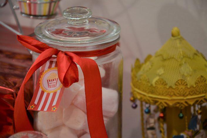 Candy Bar Circus / fête foraine pour Dulux Valentine - manège et chamallows