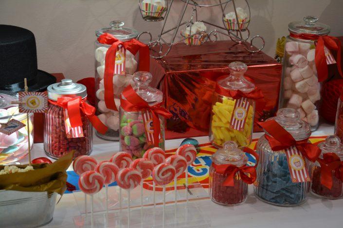 Candy Bar Circus / fête foraine pour Dulux Valentine - carrousel et bonbons