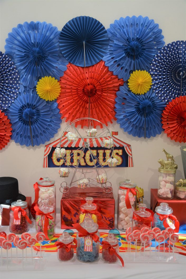 Candy Bar Circus / fête foraine pour Dulux Valentine