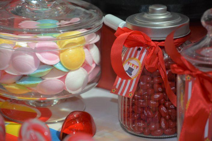 Candy Bar Circus / fête foraine pour Dulux Valentine - bonbonnières et soucoupes