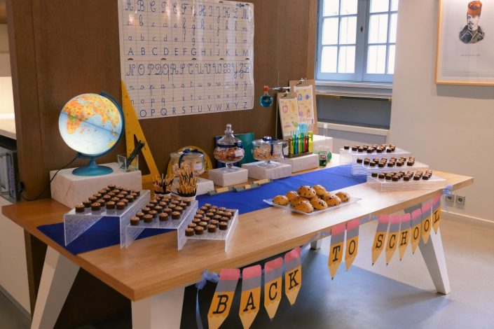Sweet table back to school par Studio Candy pour Kering