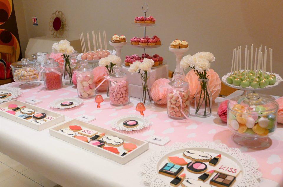 Candy Bar thème cosmétiques / maquillage pour la marque KISS