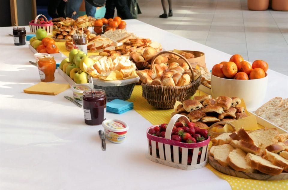 Petit déjeuner au siège de Maeva