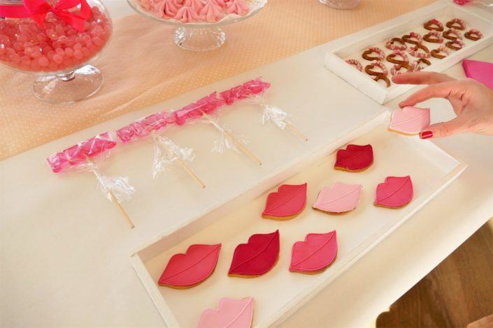 sablés décorés bouches / pâtisseries - réalisé par Studio Candy pour Givenchy