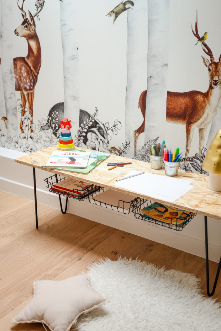 Tuto DIY par Studio Candy : fabrication d'un banc à chaussures ou petite table enfant.